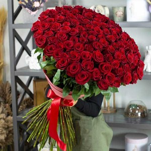 "Bouquet ""Classic Red"""